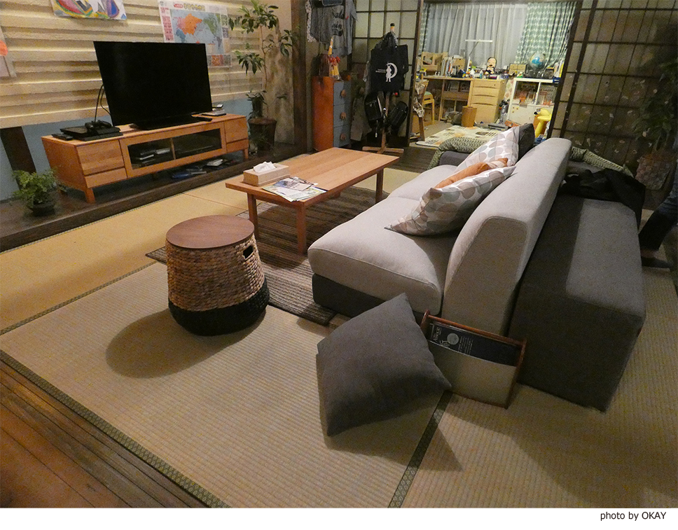 TBS日曜劇場「ノーサイドゲーム」にモーブルのソファが使用されています